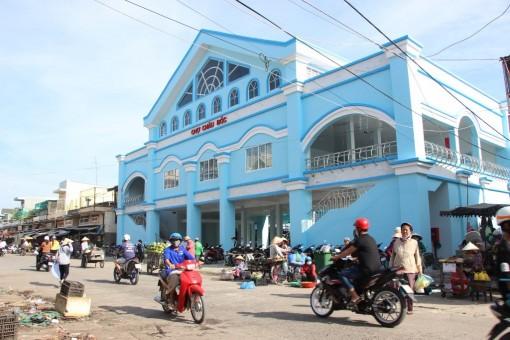 Chợ Châu Đốc: Diện mạo mới khang trang, văn minh
