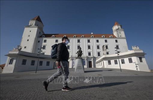 Slovakia gia hạn lệnh phong tỏa đến ngày 7-2