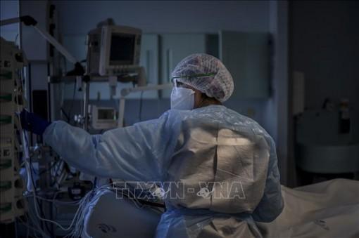 Bồ Đào Nha trước nguy cơ sụp đổ hệ thống y tế do COVID-19