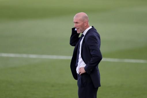 Real Madrid đòi sa thải Zidane, Chủ tịch Perez không nỡ