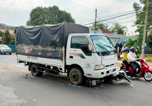Xử phạt hành chính 828 trường hợp vi phạm trật tự an toàn giao thông