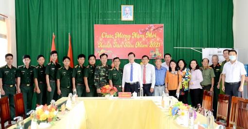 Lãnh đạo tỉnh chúc Tết huyện biên giới An Phú