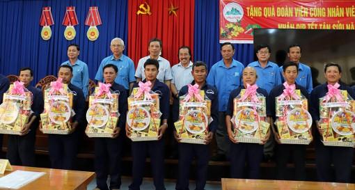 Liên đoàn Lao động tỉnh An Giang chúc Tết các địa phương, tặng quà đoàn viên, người lao động