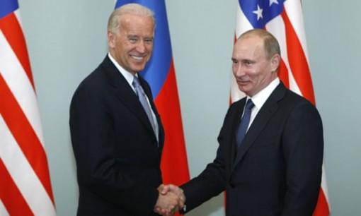 Lãnh đạo Nga-Mỹ điện đàm về quan hệ song phương