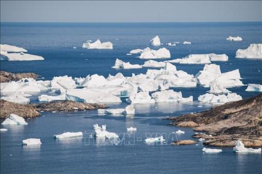 28.000 tấn băng tan chảy trong ba thập kỷ do biến đổi khí hậu