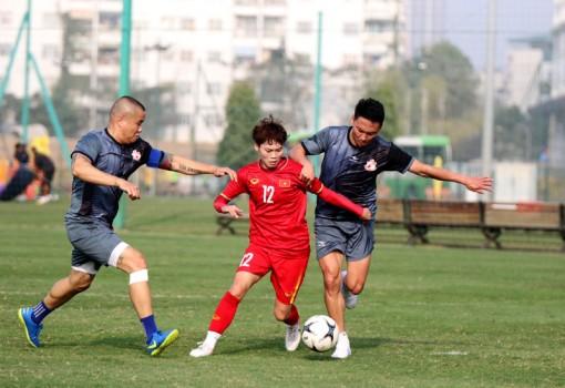 Đội tuyển nữ Quốc gia đấu tập với Đội cựu cầu thủ SEA Games 23