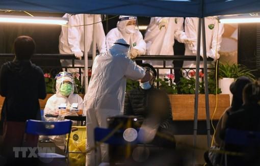 Việt Nam ghi nhận 19 ca mắc mới, lây nhiễm cộng đồng tại 5 tỉnh thành