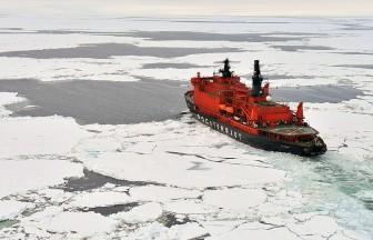 Nga huy động tàu kéo thế hệ mới giải cứu tàu mắc kẹt trong băng