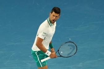 Australian Open 2021: Novak Djokovic giành tấm vé vào tứ kết