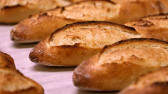 Pháp đề xuất UNESCO công nhận bánh mì baguette là di sản văn hóa phi vật thể