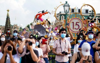 Dịch Covid-19 lắng dịu, Hồng Kông (Trung Quốc) mở cửa lại Disneyland