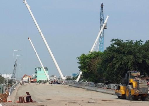 7 giờ, ngày 22-2, tạm ngưng lưu thông qua cầu Nguyễn Thái Học