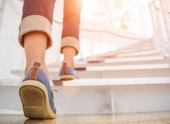 Cần đi bộ bao nhiêu mỗi ngày để tăng cường sức khỏe tim mạch?