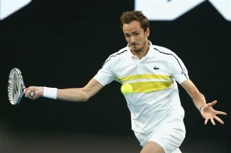 Đè bẹp Daniil Medvedev, Djokovic lần thứ 9 vô địch Australian Open