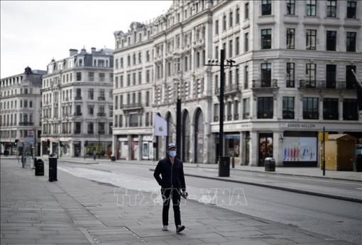 Thủ tướng Anh công bố lộ trình nới lỏng phong tỏa tại England