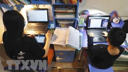 Đồng hành cùng con học trực tuyến