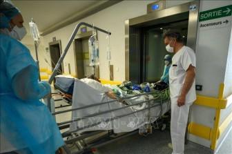 Dịch bệnh diễn biến xấu tại Pháp: 31.519 ca mắc mới, thêm 277 ca tử vong