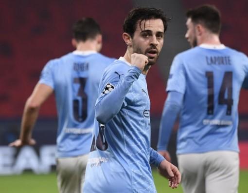 Silva và Jesus lập công, Man City thắng nhàn trước Monchengladbach