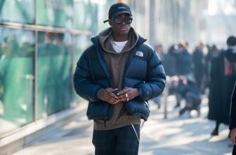 Gopcore: Phong cách dã ngoại kết hợp thời trang cao cấp
