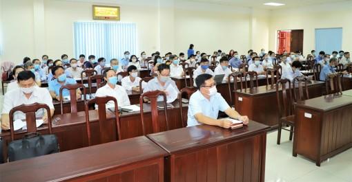 Đảng ủy Khối Cơ quan và Doanh nghiệp tỉnh: Tuyên truyền công tác cấp và quản lý căn cước công dân gắn chíp điện tử