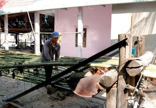 Nghề uốn tầm vông ở huyện Tri Tôn
