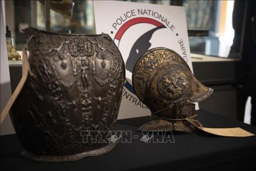 Bảo tàng Louvre tìm lại được bộ giáp quý sau 40 năm 'lưu lạc'