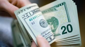Tỷ giá USD hôm nay 5-3: Giới đầu tư thận trọng với vàng, USD tăng phi mã
