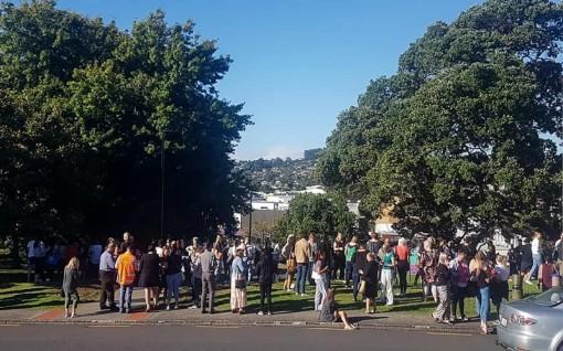 Hàng nghìn người New Zealand sơ tán do cảnh báo sóng thần sau động đất