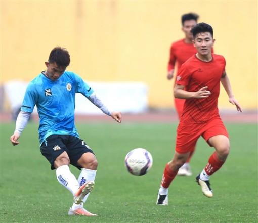 Hùng Dũng, Văn Quyết ghi bàn, Hà Nội FC 'nhấn chìm' đội Phú Thọ