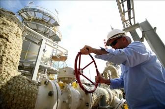 Giá dầu Brent vượt ngưỡng 70 USD/thùng