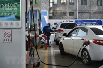 Giá dầu Châu Á tăng lên mức kỷ lục trong phiên chiều 8-3