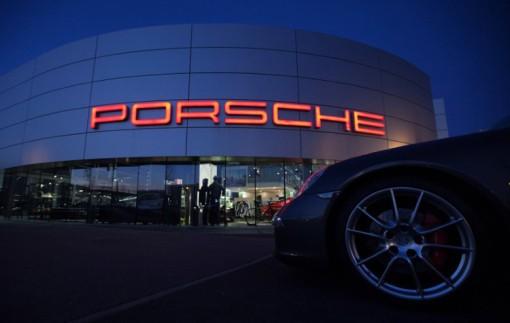 Porsche đầu tư nhiên liệu xanh không kém cạnh xe điện