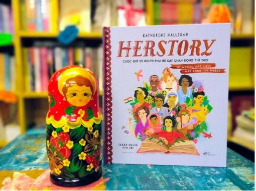 8-3, đọc sách về cuộc đời 50 người phụ nữ gây chấn động thế giới