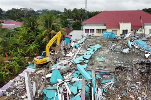 Indonesia liên tiếp hứng chịu hai trận động đất trong ngày 8-3