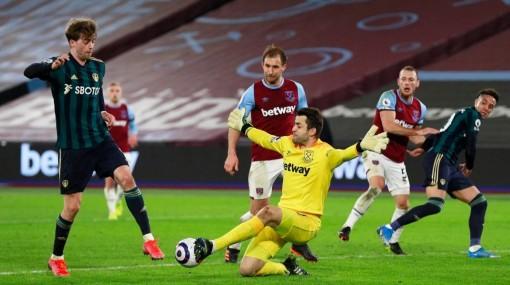 Lingard lại ghi bàn, West Ham áp sát tốp bốn