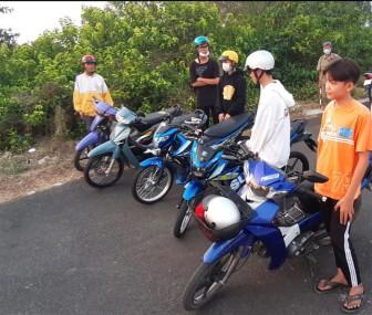 Châu Đốc tạm giữ 5 môtô thay đổi đặc tính do thanh, thiếu niên điều khiển, tụ tập gây mất trật tự