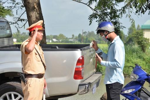 An Giang bảo đảm an toàn giao thông đối với học sinh, thanh thiếu niên và xe chở khách