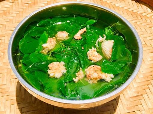 Món ngon mỗi ngày: Canh rau ngót tôm thịt