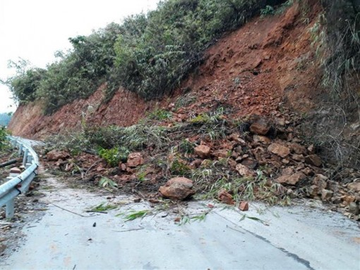 Bắc Bộ có mưa rào và dông, nguy cơ sạt lở đất ở vùng núi cao