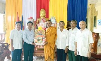 Lãnh đạo UBMTTQVN tỉnh An Giang chúc Tết Chol Chnăm Thmây