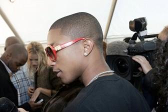 """5 sự kết hợp """"ăn tiền"""" của siêu sao Pharrell Williams và các ông lớn thời trang"""