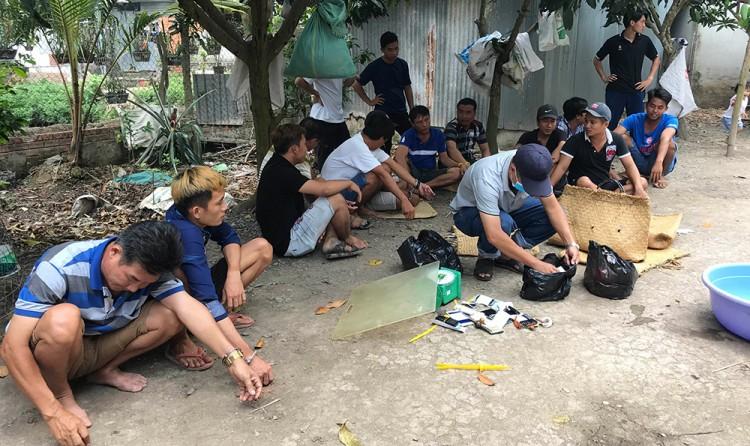 Công an TP. Long Xuyên tiếp tục triệt phá tụ điểm đá gà tại phường Mỹ Thạnh