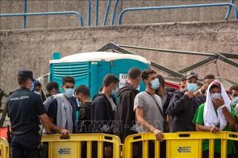 Giải cứu tàu chở người di cư ở quần đảo Canary, Tây Ban Nha