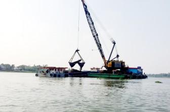 Xung quanh việc đấu giá khai thác 2 mỏ cát ở An Giang