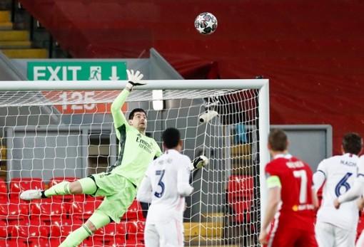 Phung phí cơ hội, Liverpool 'nợ nần chồng chất' với Real Madrid