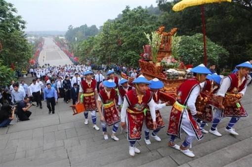 Phú Thọ tổ chức bắn pháo hoa tầm cao nhân dip Giỗ Tổ Hùng Vương