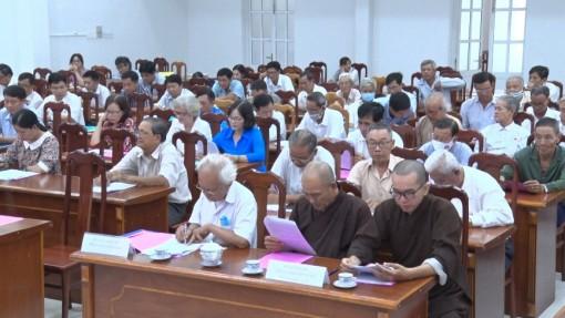 Huyện ủy Phú Tân họp mặt chức sắc, chức việc, tín đồ các tôn giáo quý I-2021