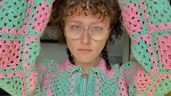 Hè này sành điệu là phải mặc len đan móc!