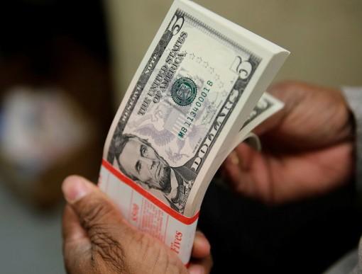 Tỷ giá ngoại tệ ngày 19-4: Vàng lên cao, USD giảm sâu