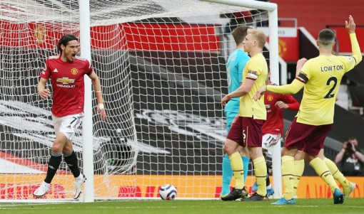 Cavani yêu cầu ngồi dự bị trận MU vs Burnley